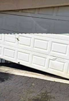 Garage Door Off Track Service Maplewood