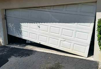 Garage Door Off Track | Maplewood | Oakdale, MN